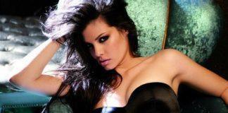 Μαρία Κορινθίου ξέσπασε γυμνές φωτογραφίες