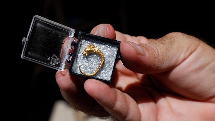 Αρχαίο χρυσό ενώτιο 23a177d0c8e